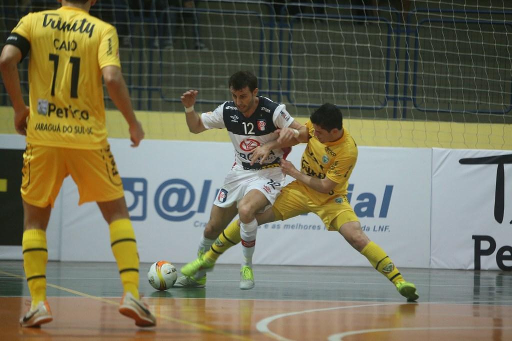Jaraguá Futsal vence o Joinville novamente