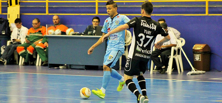 Jaraguá Futsal vence e está classificado