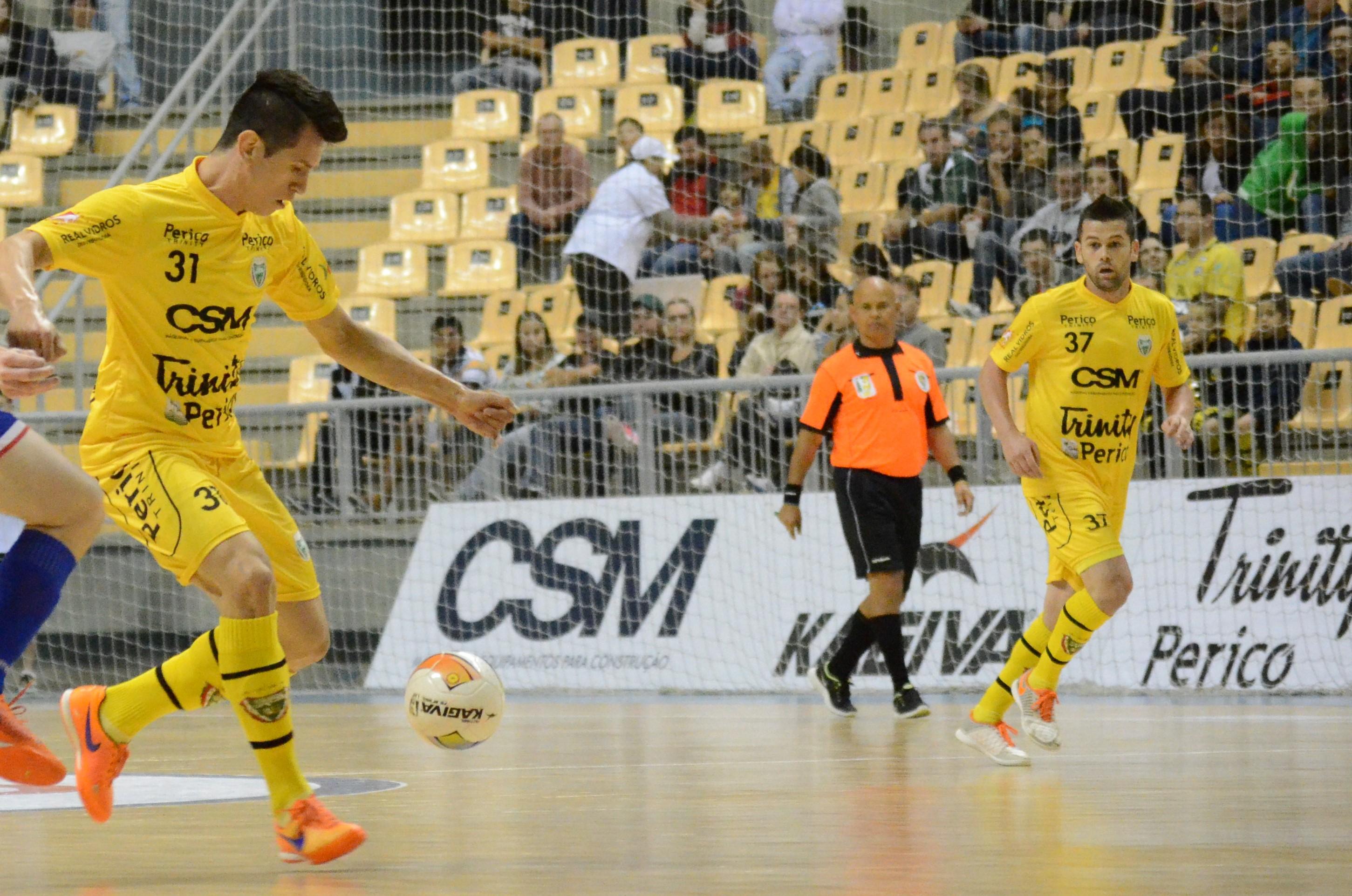 Jaraguá Futsal vence o Joaçaba pelo Catarinense
