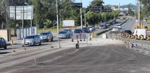 Lideranças preocupadas com a demora na entrega do Viaduto da Vergonha