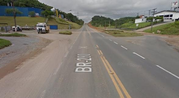 Motociclista morre em acidente ao tentar atravessar a BR-280 em Guaramirim
