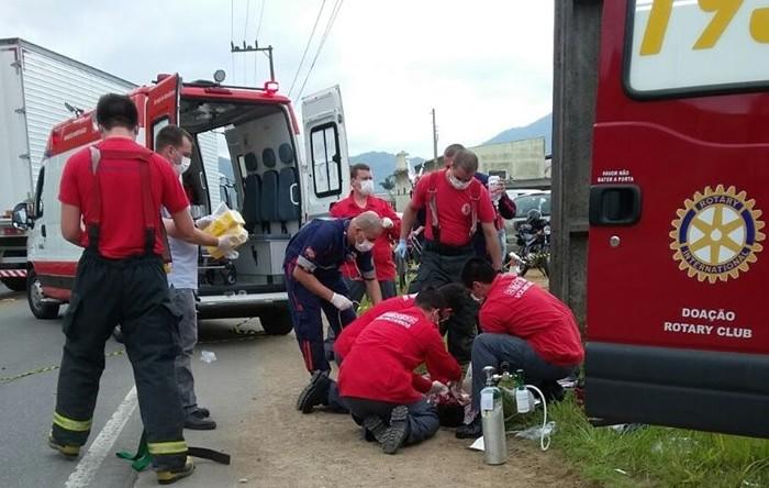 Jovem morre em acidente em Jaraguá uma semana após comprar motocicleta