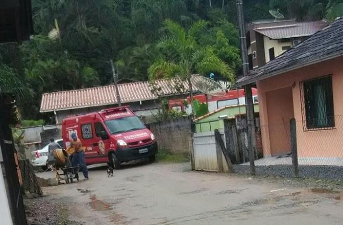 """Morte de jovem em Guaramirim: """"Caso está sendo tratado como legítima defesa"""", diz delegado"""