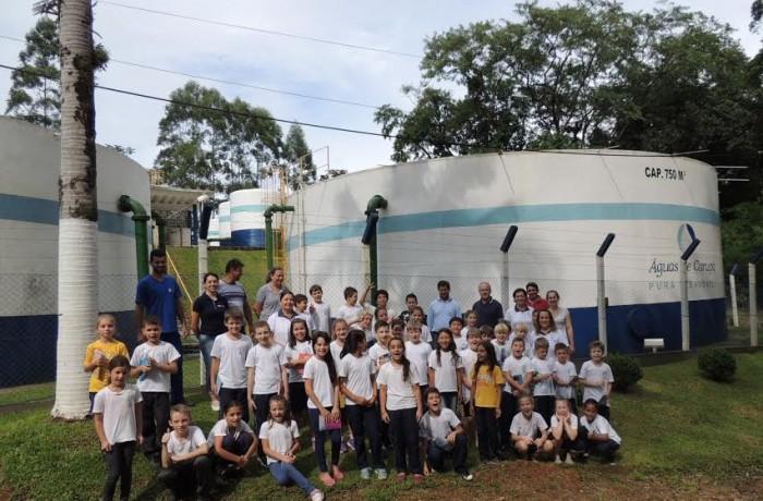Estudantes da Escola São José conhecem ETA de Corupá