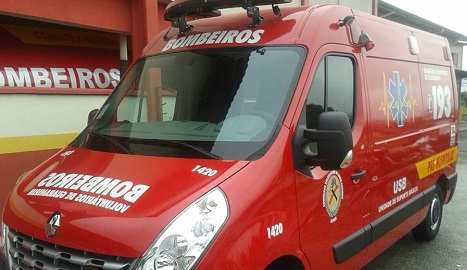 Bombeiros de Guaramirim contam com nova ambulância