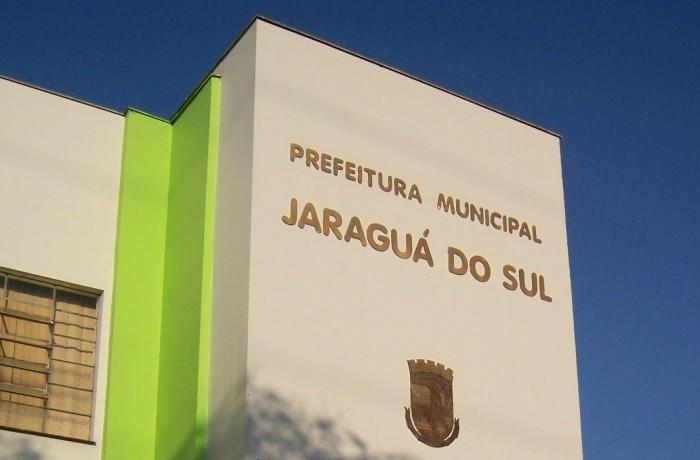 Prefeito quer garantir reeleição com investimentos em saúde, educação e mobilidade urbana