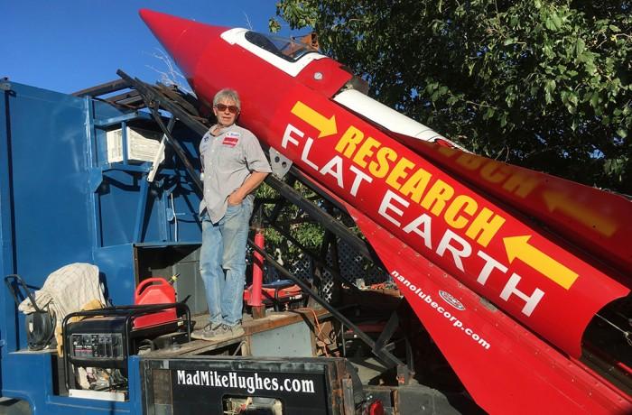 Americano promete se lançar em foguete para 'provar' que a Terra é plana