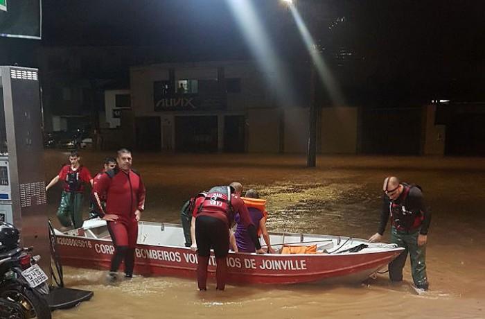 Joinville registrou 138 mm de chuva até a madrugada desta quarta-feia. l Foto: Defesa Civil/ Divulgação