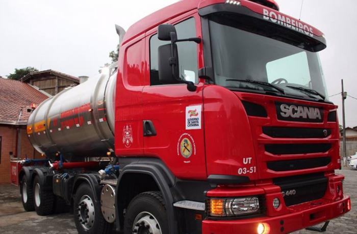 Incêndio atinge caminhão em Nereu Ramos