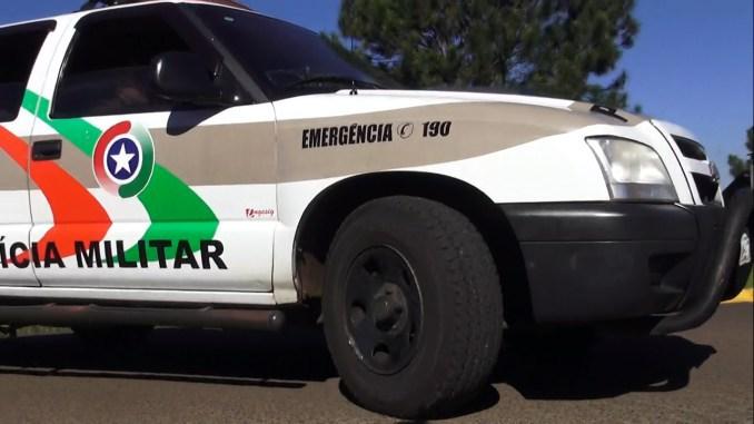 Caminhoneiro com habilitação cassada se envolve em acidente com mais dois veículos