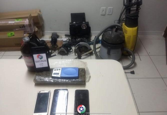 Polícia encontrou produtos possivelmente furtados(foto PM)