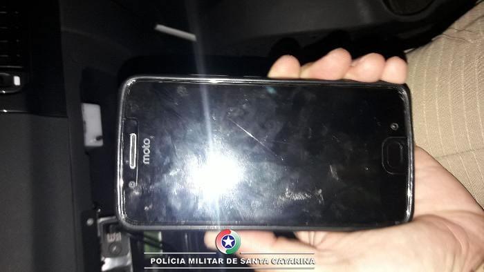 Celular furtado foi recuperado no mesmo dia(Foto PM, Divulgação)