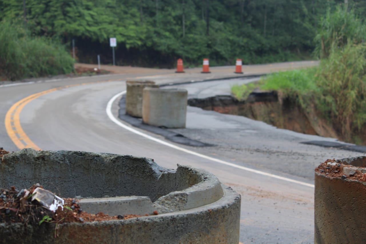 Rodovia estadual está interditada desde o dia 18 de fevereiro. Foto: Emerson Alexandre Gonçalves