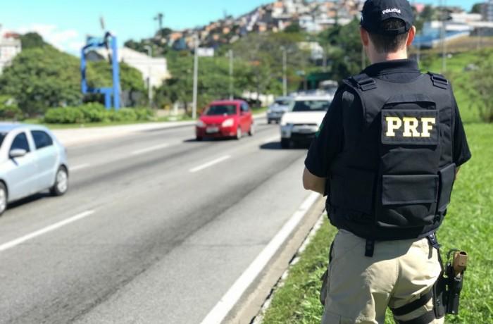 PRF intensifica fiscalização durante operação no feriado em SC — Foto: PRF/Divulgação