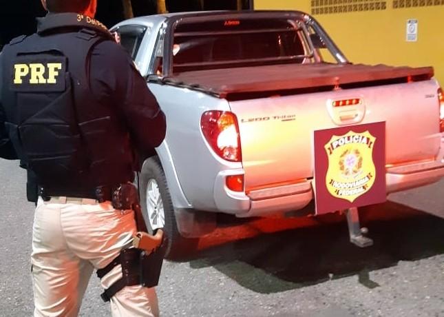 Veículo furtado é recuperado pela PRF. Foto: PRF de SC