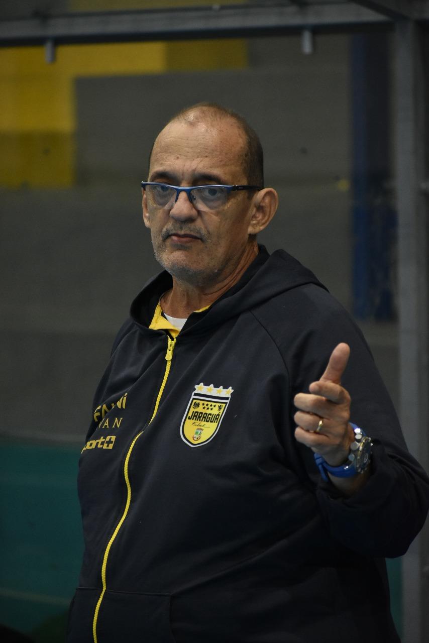 Ferretti não é mais técnico do Jaraguá Futsal. Foto: Paulo Sauer