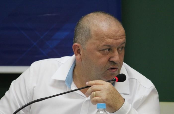 """Presidente Marcelindo: """"alguns vereadores não participaram das discussões e nem enviaram assessores"""". Foto: Câmara de Vereadores de Jaraguá do Sul"""