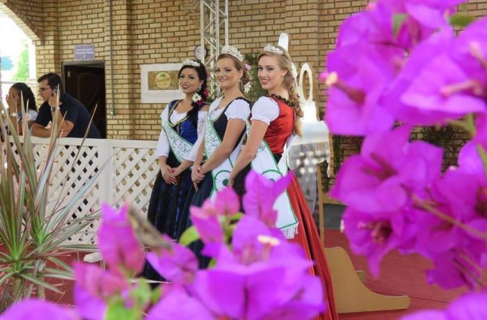 Realezas da Schroederfest 2017. Foto: timbonet.com.br