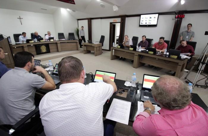 Aprovação do projeto necessitou do voto de desempate do presidente do legislativo, Marcelindo Carlos Gruner. Foto: Câmara de Vereadores de Jaraguá do Sul