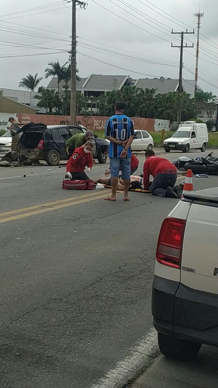 Ouvinte da 94,3, registrou o atendimento à vítima pelos socorristas dos bombeiros de Guaramirim