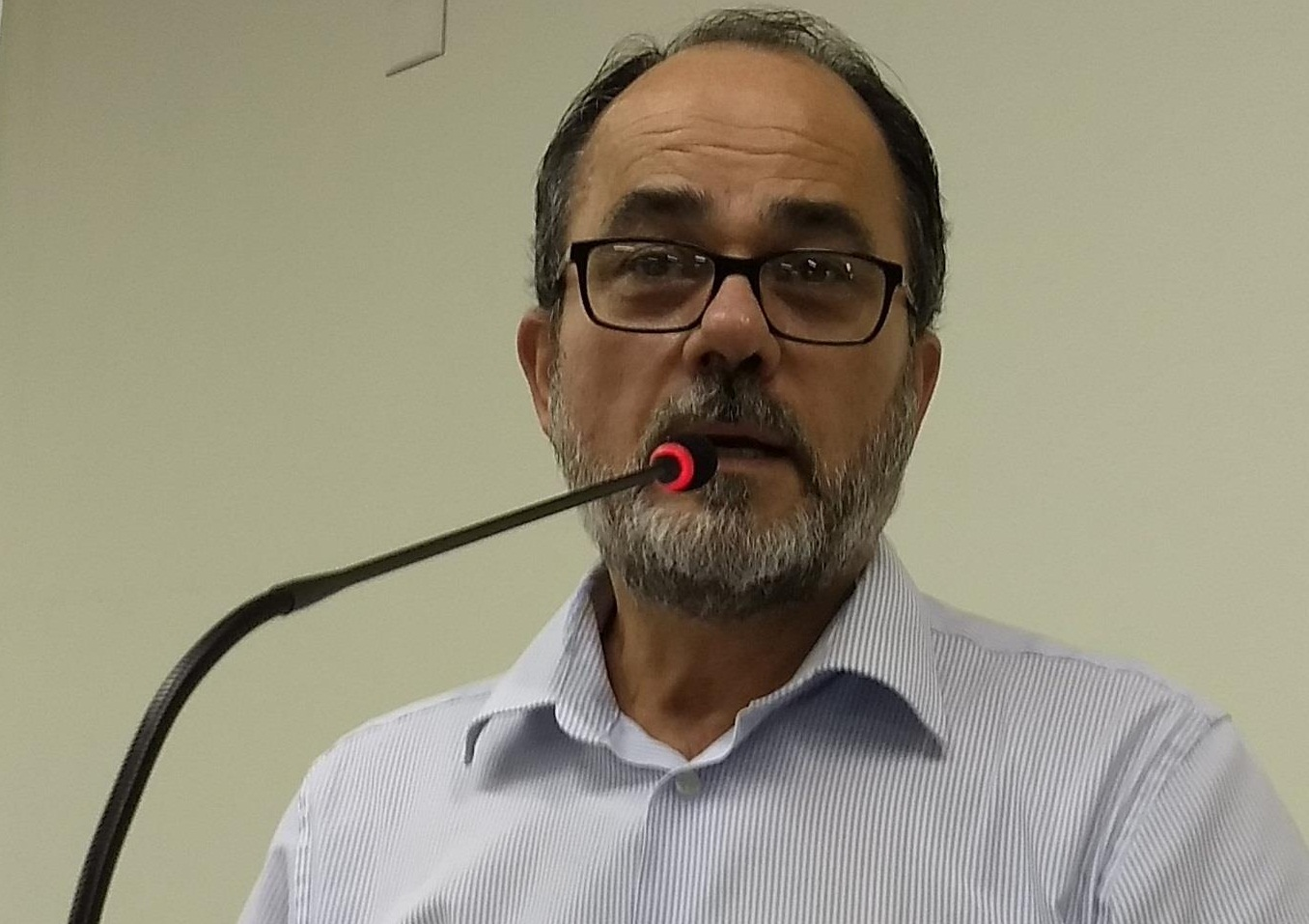 Vereador Charles Longhi(MDB)