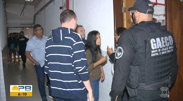 Onze vereadores de Santa Rita, PB, são presos suspeitos de desviar dinheiro público para viagem — Foto: TV Cabo Branco/Reprodução
