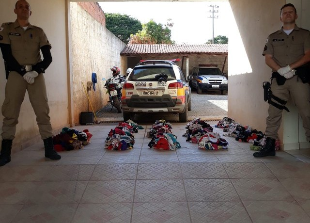 Peças íntimas apreendidas pela PM em Turmalina — Foto: Polícia Militar / Divulgação
