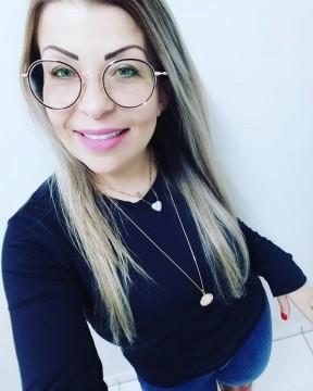 Servidora Pública acabou morrendo no local da batida. Foto: redes sociais