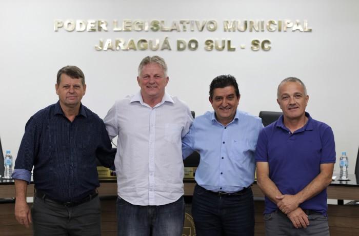 Vereadores Juraszek, Dico, Celestino e Magal. Foto: Câmara de Vereadores de Jaraguá do Sul
