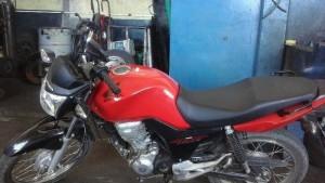 Foto PM: Honda CG 150 furtada na Ilha da Figueira