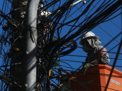 Ciclone: Celesc restabelece 85% do sistema elétrico catarinense