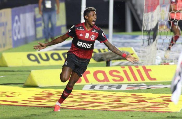 O jogador Bruno Henrique comemora gol durante partida entre São Paulo e Flamengo, válido pelo Campeonato Brasileiro Série A, realizado no estádio do Morumbi, na cidade de São Paulo, SP, nesta quinta feira, 25. FLAVIO CORVELLO/FUTURA PRESS/FUTURA PRESS/ESTADÃO CONTEÚDO/ND