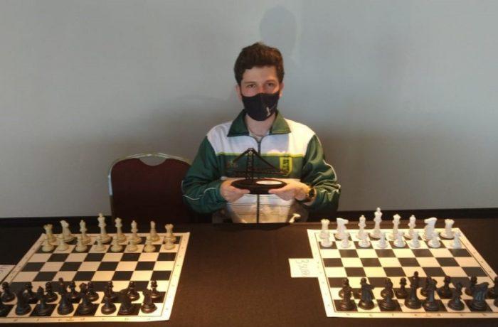 Enxadrista Lucas Piccoli é o campeão do Festival Nacional da Juventude