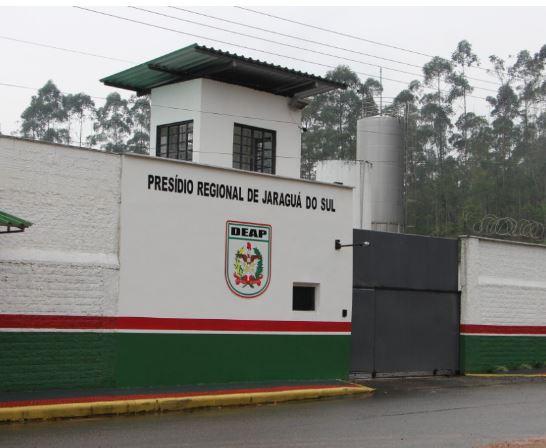 Morte no presídio: Direção confirma óbito de detento na cela em Jaraguá do Sul